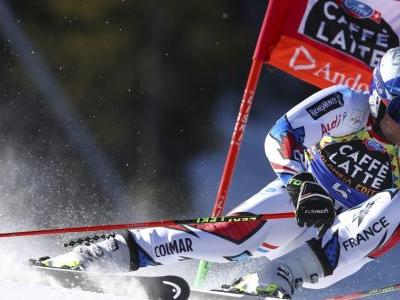 Pinturault leads 1st run of final World Cup giant slalom