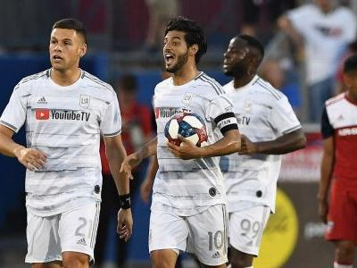 Vela's late PK earns LAFC draw with FC Dallas