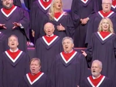 A 100-person choir performed without masks in front of Mike Pence at a Dallas megachurch, as COVID-19 cases surge through Texas