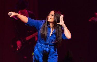 Demi Lovato's Net Worth Is Unreal & It Makes So Much Sense Why