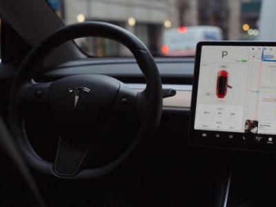 Tesla Should've Never Sold a 'Full-Self Driving' Option to Begin With
