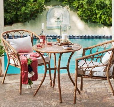 Save 30% on outdoor furniture and rugs at Target - and more of today's best deals from around the web