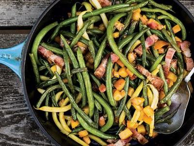 Sautéed Green Beans with Peaches and Bacon