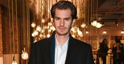 Aww! Andrew Garfield Plans on Bringing His Dad to the Oscars