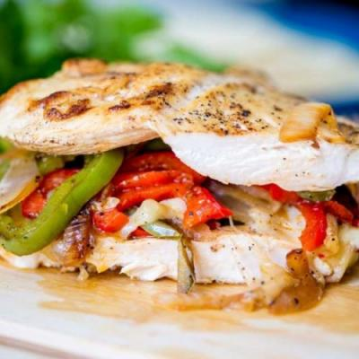 Easy Cheesy Baked Fajita Chicken