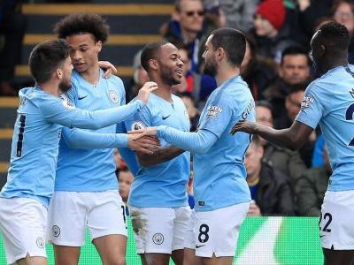 Manchester City return to the top with victory at Crystal Palace