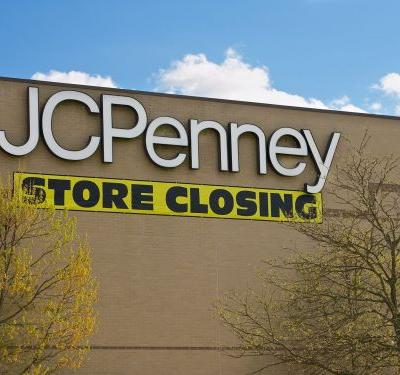 Amazon reportedly wants to take over JCPenney and Sears stores to turn malls into giant fulfillment centers