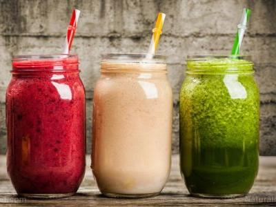 This refreshing smoothie is full of gut healing superfoods that can boost your digestion