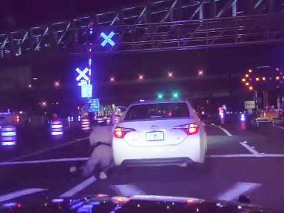 Video shows trooper being dragged 100 feet by fleeing vehicle in Orlando