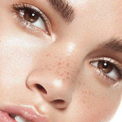 This is How to Keep Your Eyes Looking Younger Forever