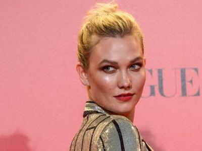 Karlie Kloss Announces Her Engagement On Social Media