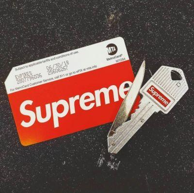 Cops show up as Supreme causes chaos with MetroCards