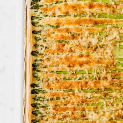 GREEN ASPARAGUS CHEESE TART