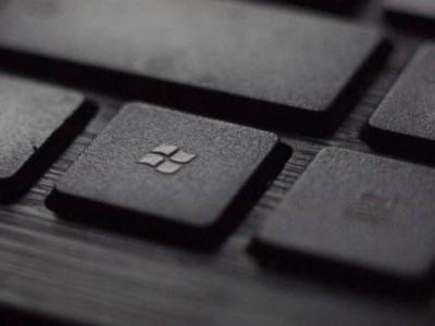 Windows 10 users are grumpy over forced updates and unwanted apps