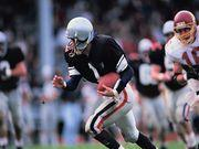 Researchers Explore Way to Detect Brain Injury in NFL Players