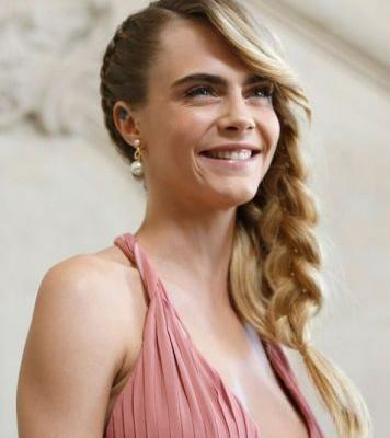 Cara Delevingne Just Stepped Out in the Prettiest Hairstyle for Dior's PFW Show
