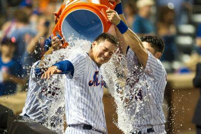 Wilmer Flores' blast a reminder of his iconic Mets moment