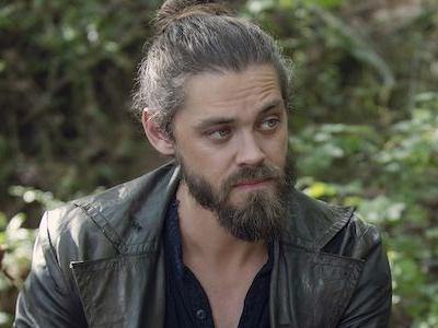 The Walking Dead's Tom Payne Lands New TV Show In Surprise Recasting