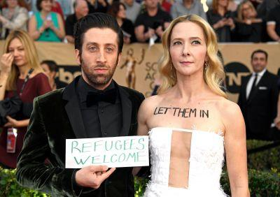 The Powerful Way Simon Helberg and His Wife Protested the Immigration Ban at the SAG Awards