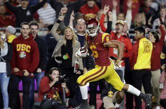 JT Daniels' career day carries USC to 19th-straight home win