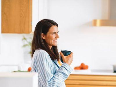 Hitting Menopause? Try Adding A Collagen Supplement Into Your Routine