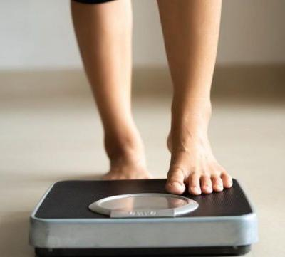 If you're trying to lose weight, is it better to do it slowly?