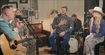 'The God Who Stays' Live Performance From Matthew West And CAIN