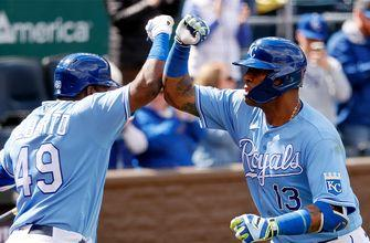 Salvador Perez's two-run homer enough to carry Royals past Blue Jays, 2-0