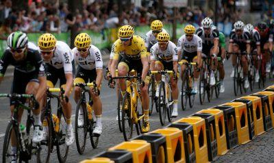 Froome wins Tour No. 4 with marginal gains, great teammates