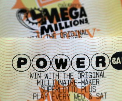 No winners drawn in Saturday night's Powerball drawing, sending its jackpot soaring over $620 million while Mega Millions is over $1.6 billion