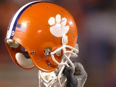 No. 3 Clemson overcomes Syracuse after starting QB Trevor Lawrence leaves with injury