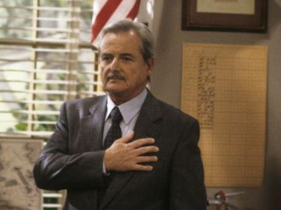 Actor who plays Mr. Feeny from 'Boy Meets World' stops real burglary