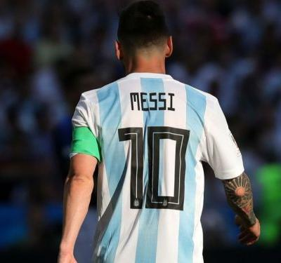 Argentina resting No.10 in Messi's absence bemuses Man Utd keeper Romero