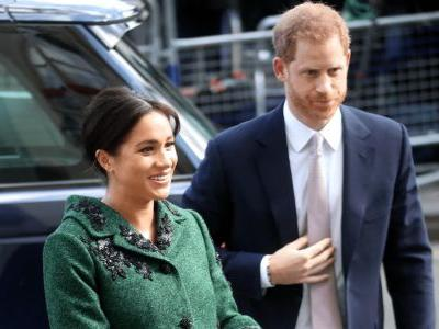 Meghan Markle Wore a Thing: Custom Erdem Green Coat Edition