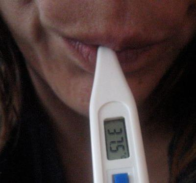 How to mitigate mild symptoms of COVID-19 at home, according to doctors