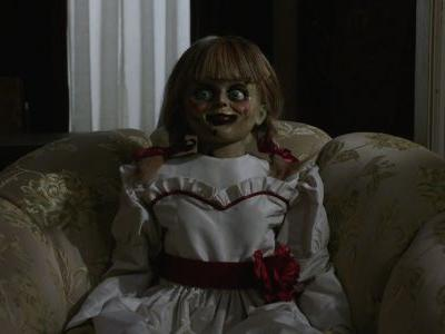 Annabelle Comes Home Review: Adventures in Babysitting For the Warrens