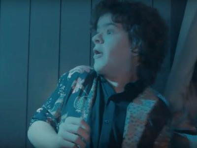 Watch The Stranger Things Kids Go Through Universal's Horror Nights Maze