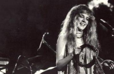 12 Insane Behind-The-Scenes Stories From Stevie Nicks' Uniquely Insane Life
