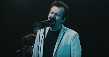 'Praise You In This Storm' Casting Crowns Live Performance