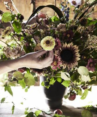 Here are 5 Pro Thanksgiving Flower Arranging Tips from Hudson Valley's Most Iconic Flower Shop