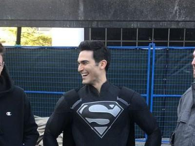 First Look at Black Suit Superman from the Elseworlds Crossover