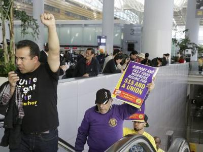 Officials: San Francisco is 1st major US city with $15 wage