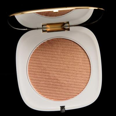 Marc Jacobs Beauty Gilty O!Mega Glaze All-Over Foil Luminizer Review & Swatches