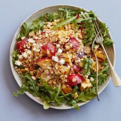 Recipe of the Day: Grilled Peach and Corn Salad 🍑🌽