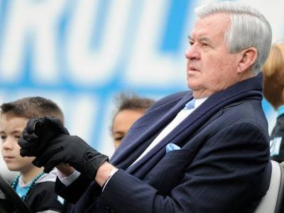 Panthers owner Jerry Richardson reportedly reached financial settlements after being accused of sexual harassment and directing racial slur at employee