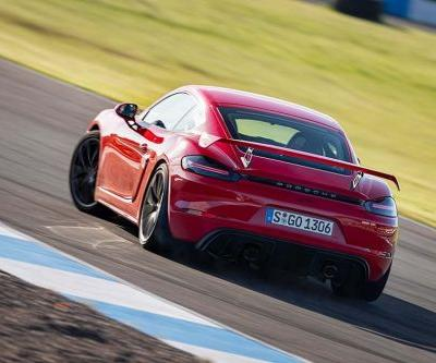 """We Might See Hotter Porsche Cayman GT4 """"RS"""""""