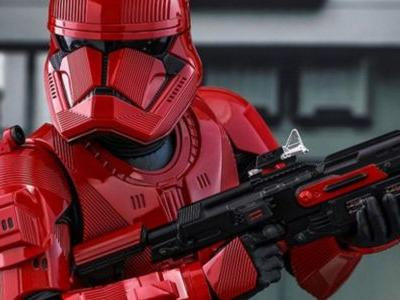 Sith Trooper Revealed in Rise of Skywalker Comic-Con Exclusives