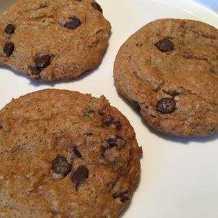 Heavenly Gluten-Free Chocolate Chip Cookies - Himmlische Glutenfreie Schoko Kekse
