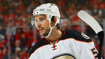 Watch: Ducks' Antoine Vermette ejected for hitting official with stick