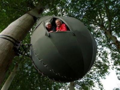 Belgians holiday in trees as Covid-19 prompts staycations